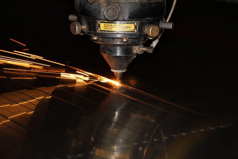 Методы раскроя металла — лазерный, плазменный