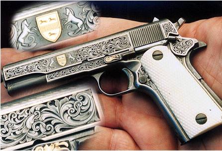 Гравировка пистолета фото